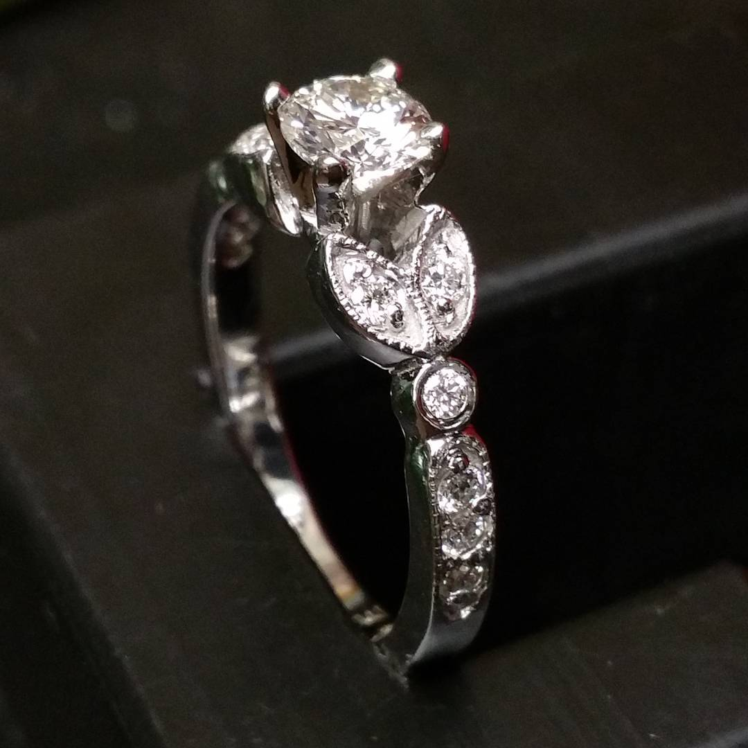 houston-custom-engagement-ring