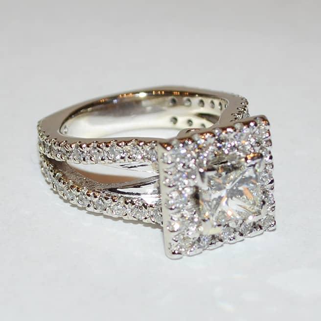 Custom-engagement-ring